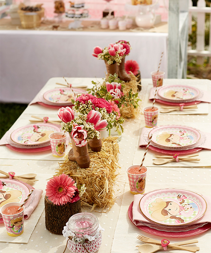 Western Decor For Birthday: Pink Cowgirl Birthday Party