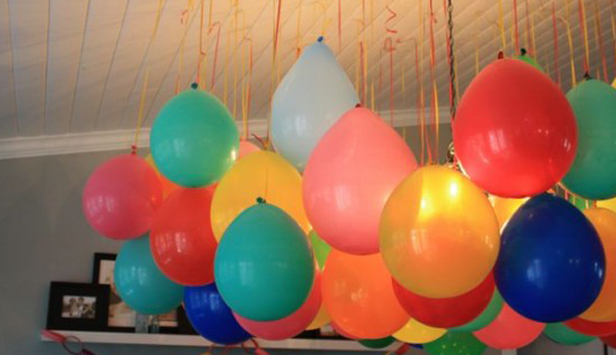 Creative ways to decorate with balloons without helium