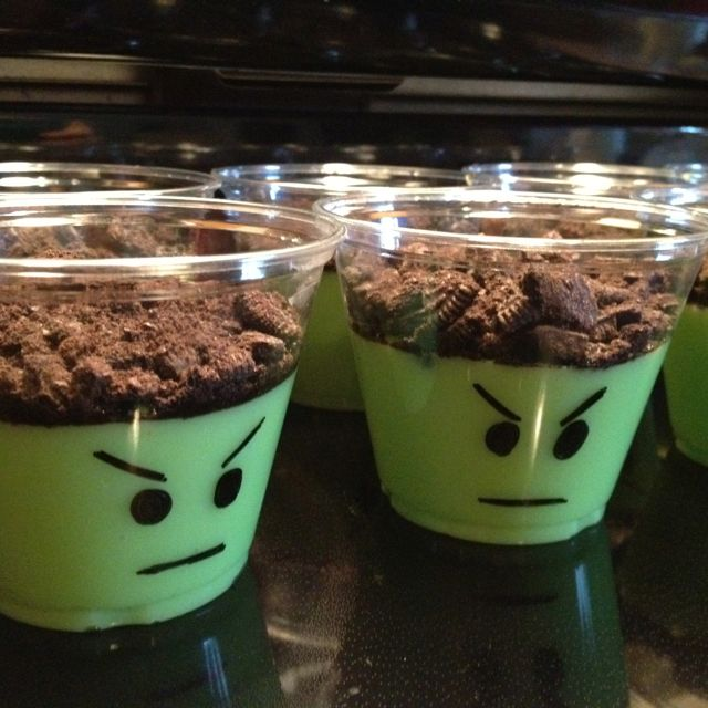 Avengers Hulk Pudding Cups