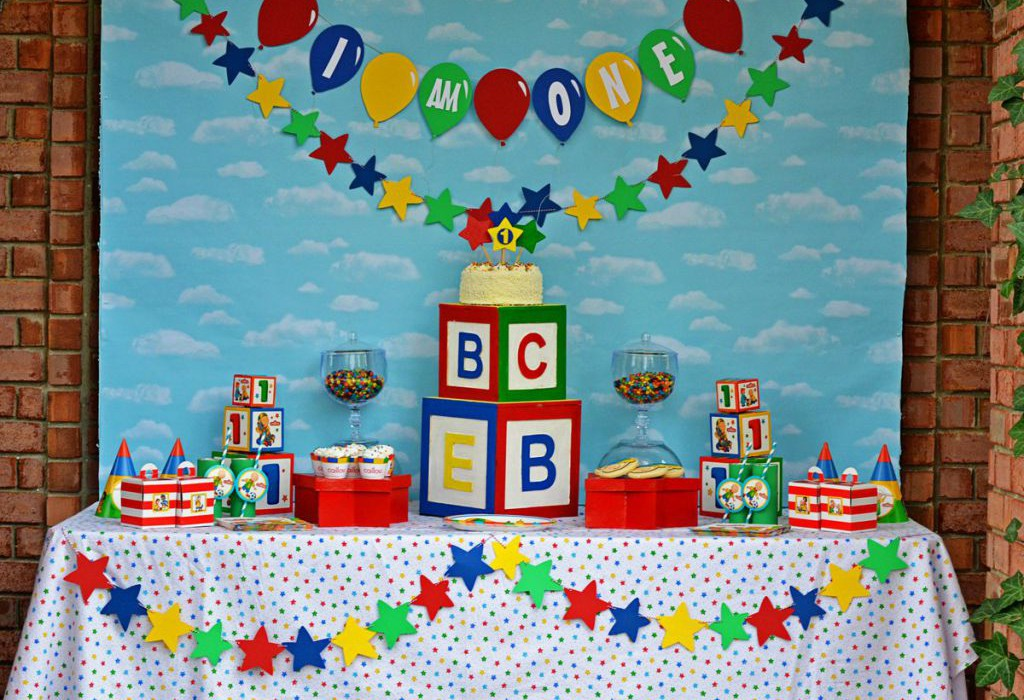Caillou Party By Brittany Schwaigert Hi Birthday