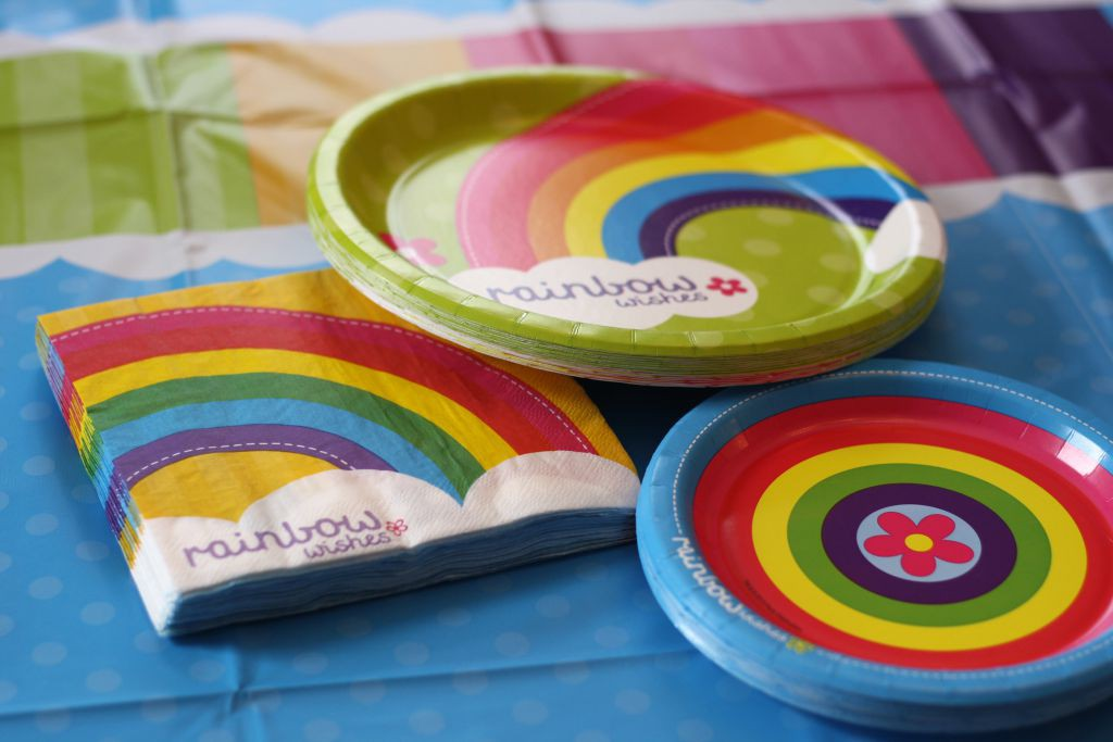 Rainbow Wishes Table Settings