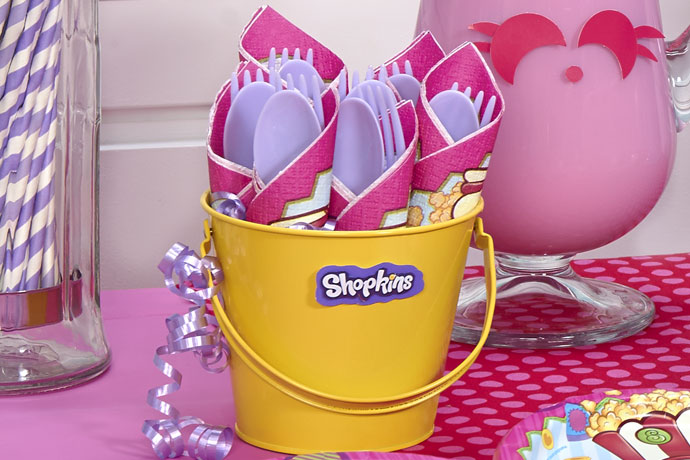 9-shopkins-birthday-party-supplies-napkins