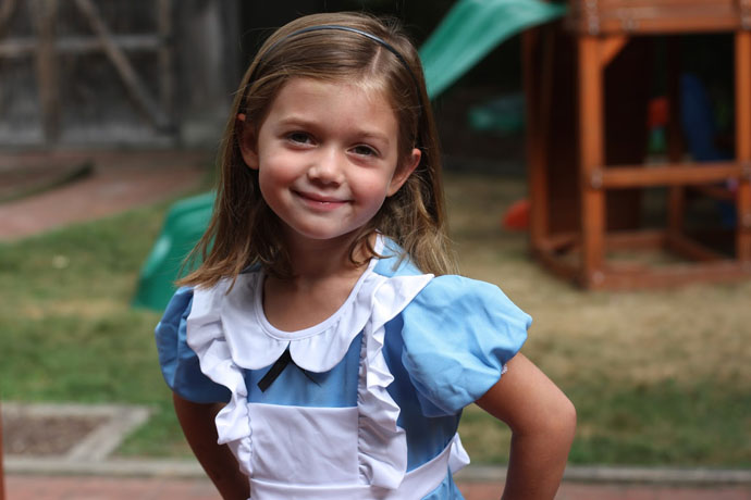 courtney byrne alice in wonderland party ideas for birthday express 2