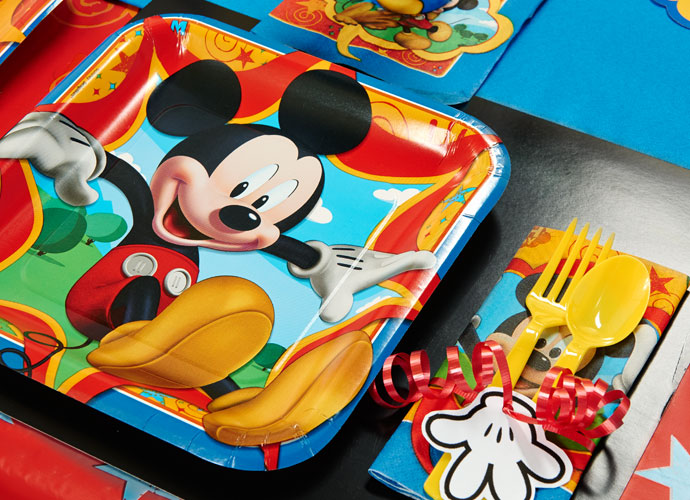 mickey-mouse-party-supplies-01