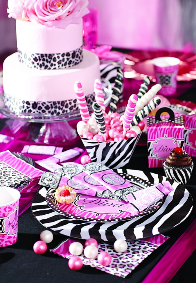 Diva zebra birthday express for Animal print decoration party
