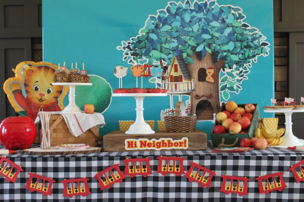 Daniel Tiger Full Table2